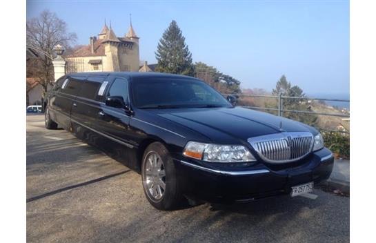 """Lincoln Town Car Limousine Krystal 120"""" Stretch-Limousine"""