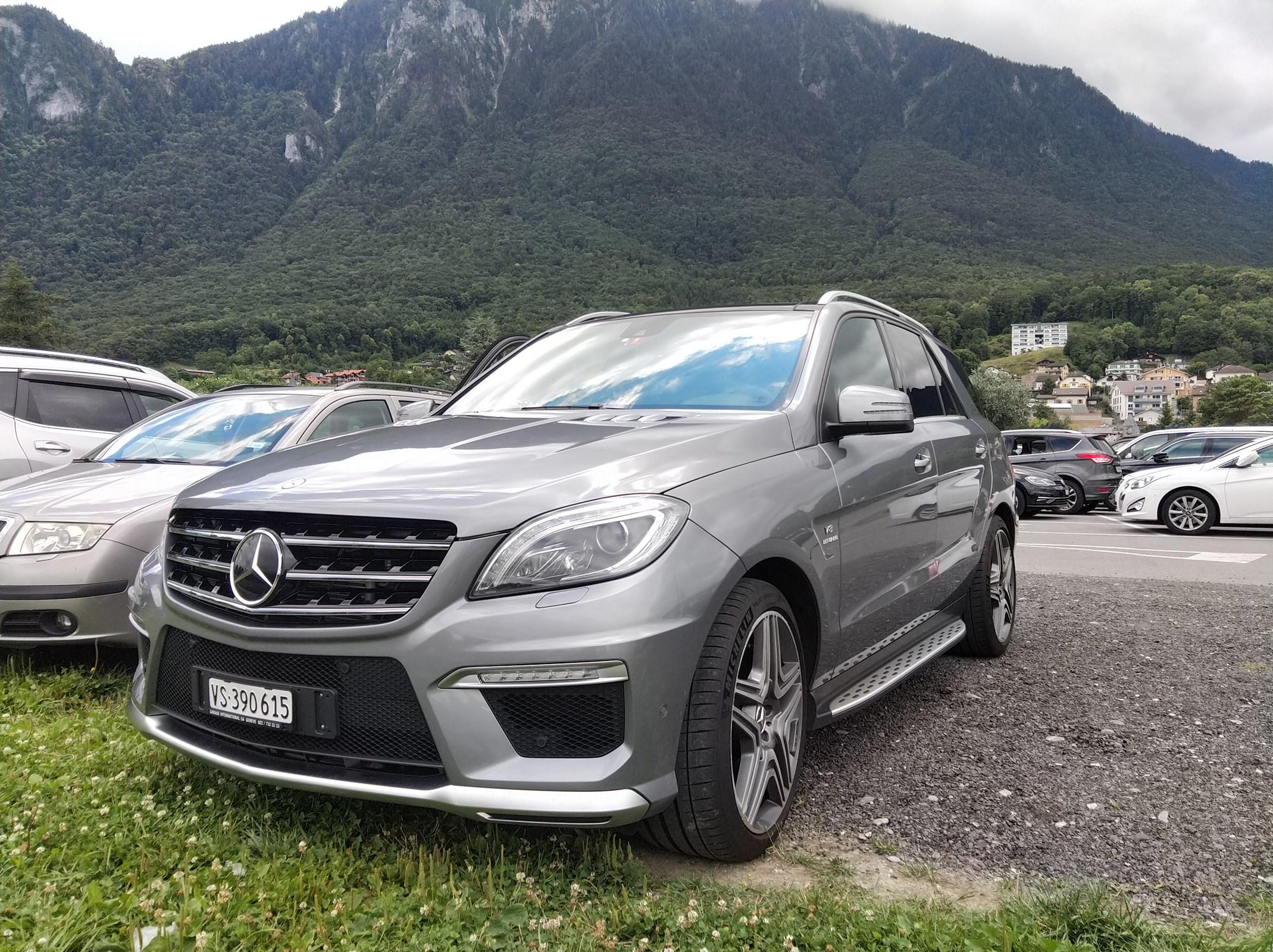 Mercedes-Benz M-Klasse W166 ML 63 V8 AMG