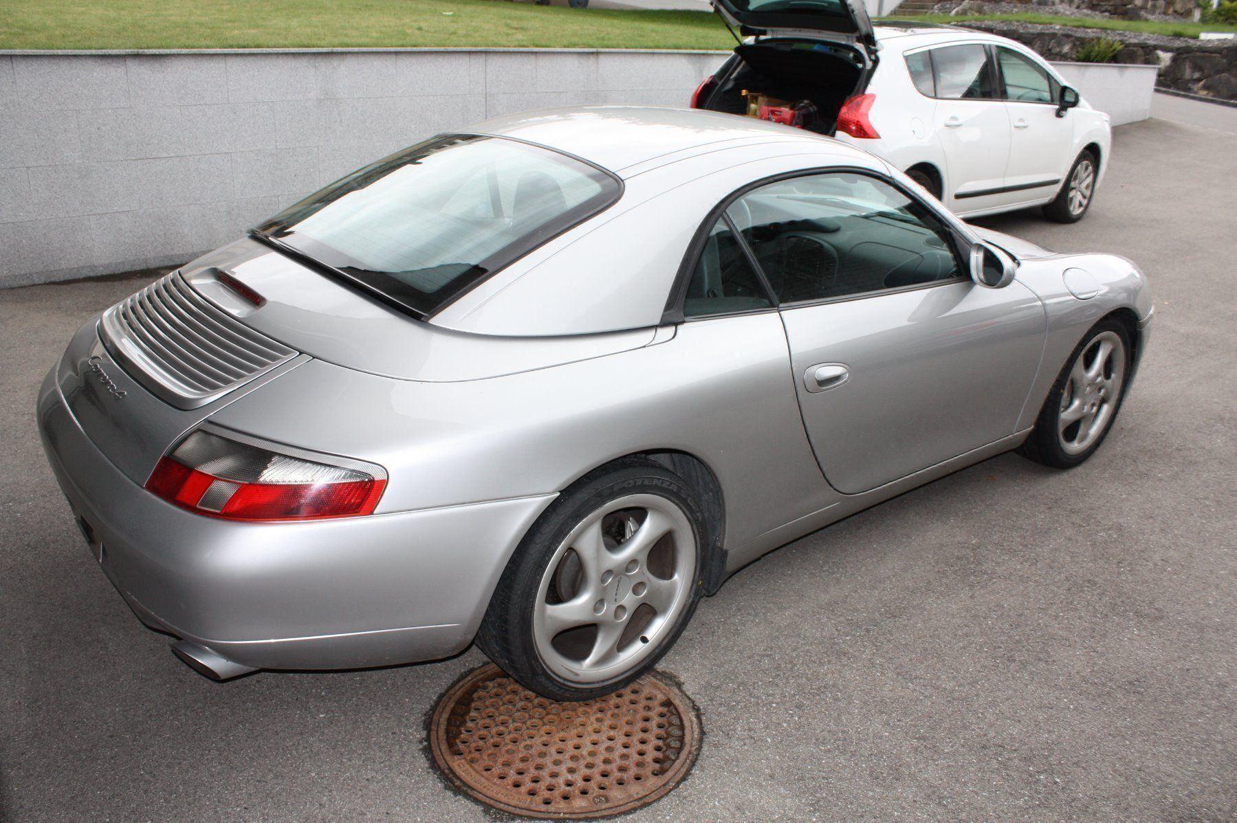 Porsche 911 Cabriolet 3.4 Carrera 4