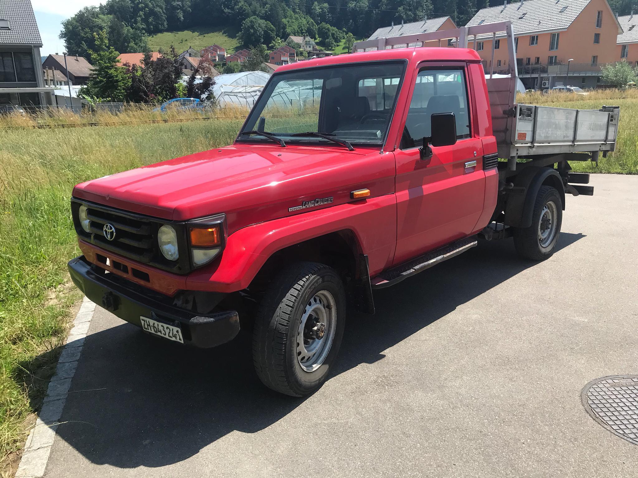 Toyota Landcruiser HZJ 79 Pick-up