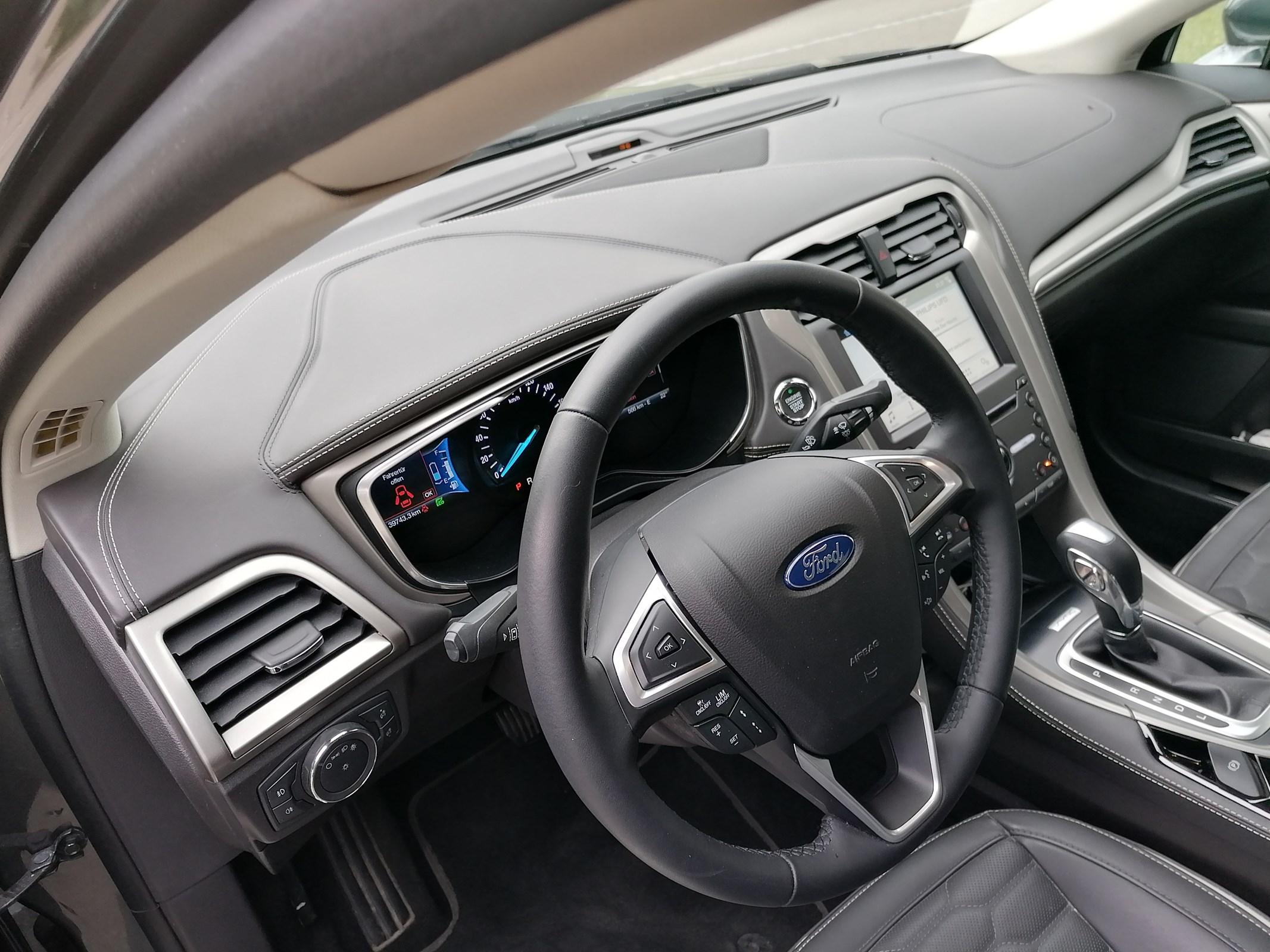 Ford Mondeo 2.0 HEV 187 Vignale