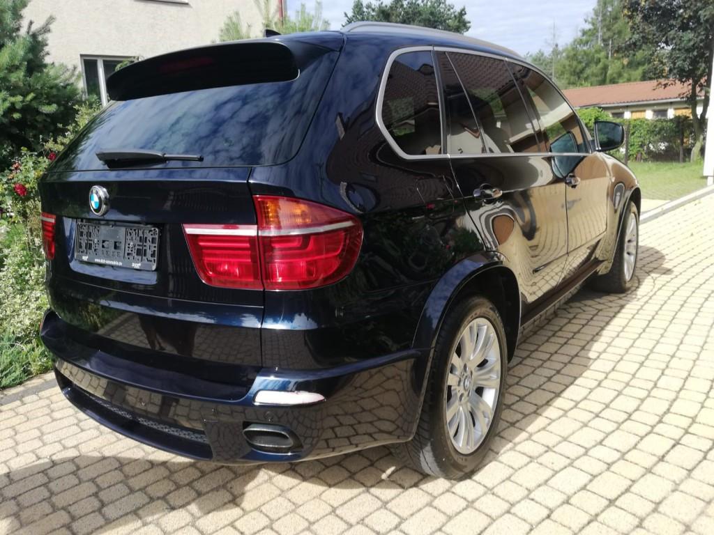 BMW X5 E70 50i xDrive