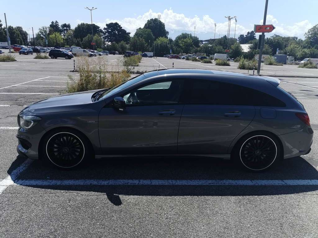 Mercedes-Benz CLA-Klasse X117 Shooting Brake CLA 45 AMG 4m