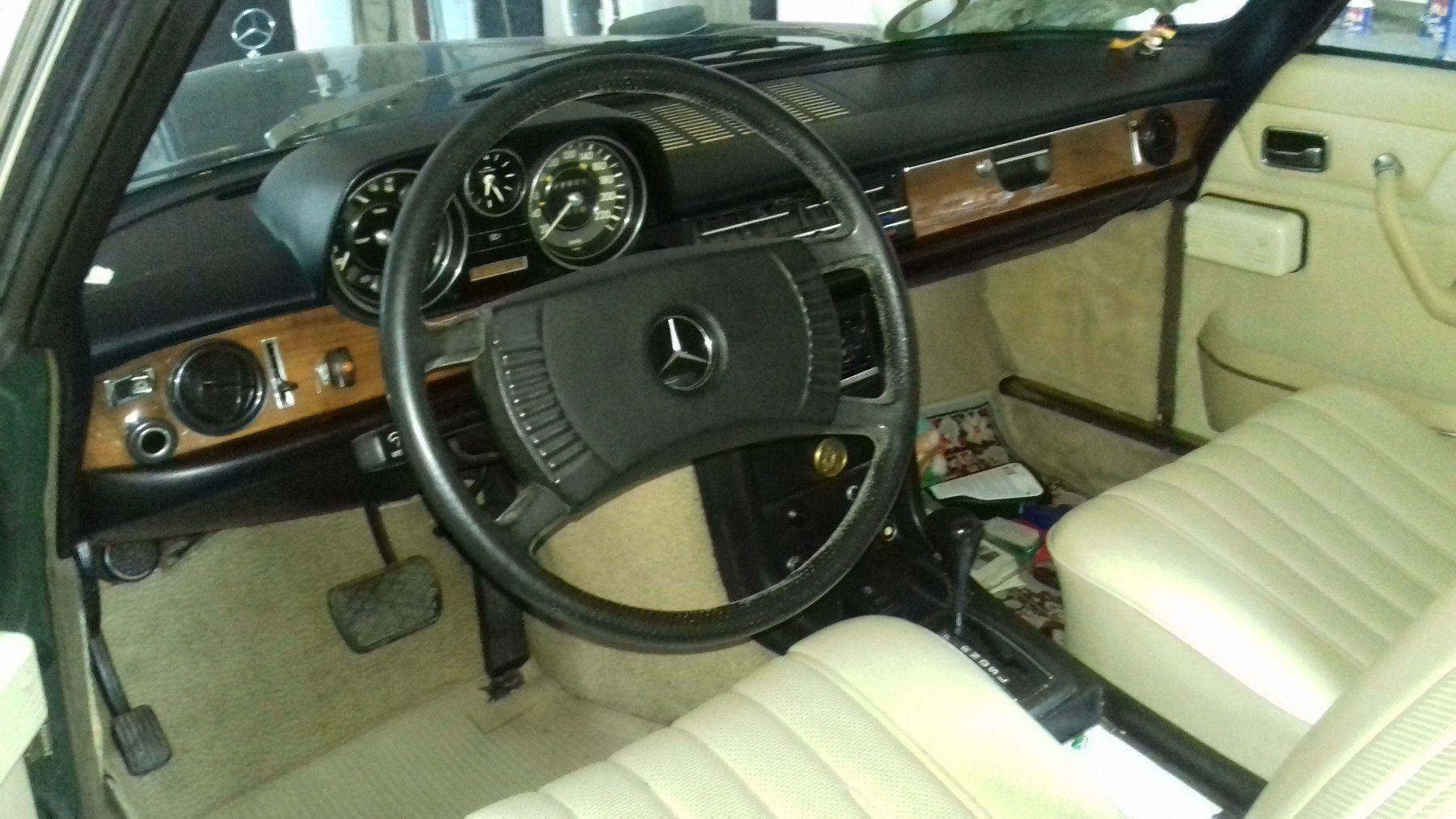 Mercedes-Benz C123 Coupé 280 CE