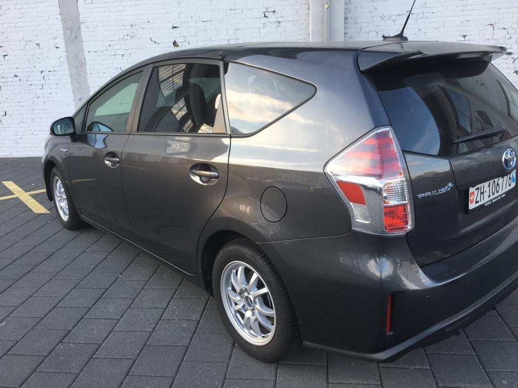 Toyota Prius+ Wagon 1.8 VVTi HSD Sol