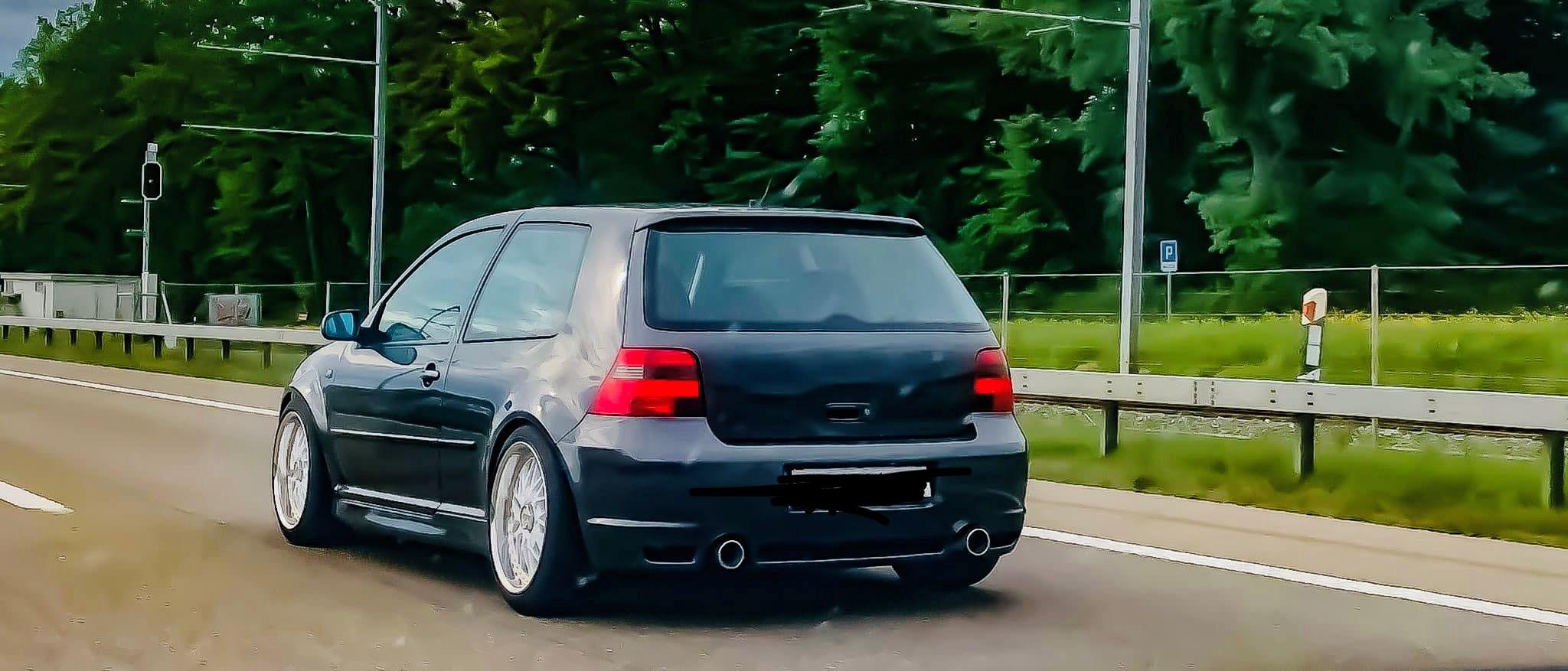 VW Golf IV 3.2 V6 R32 4motion