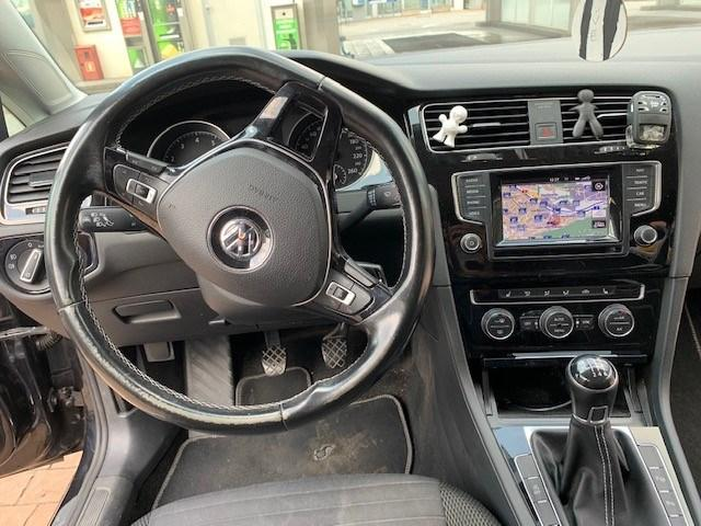 VW Golf VII Variant 1.4 TSI 122 Cup