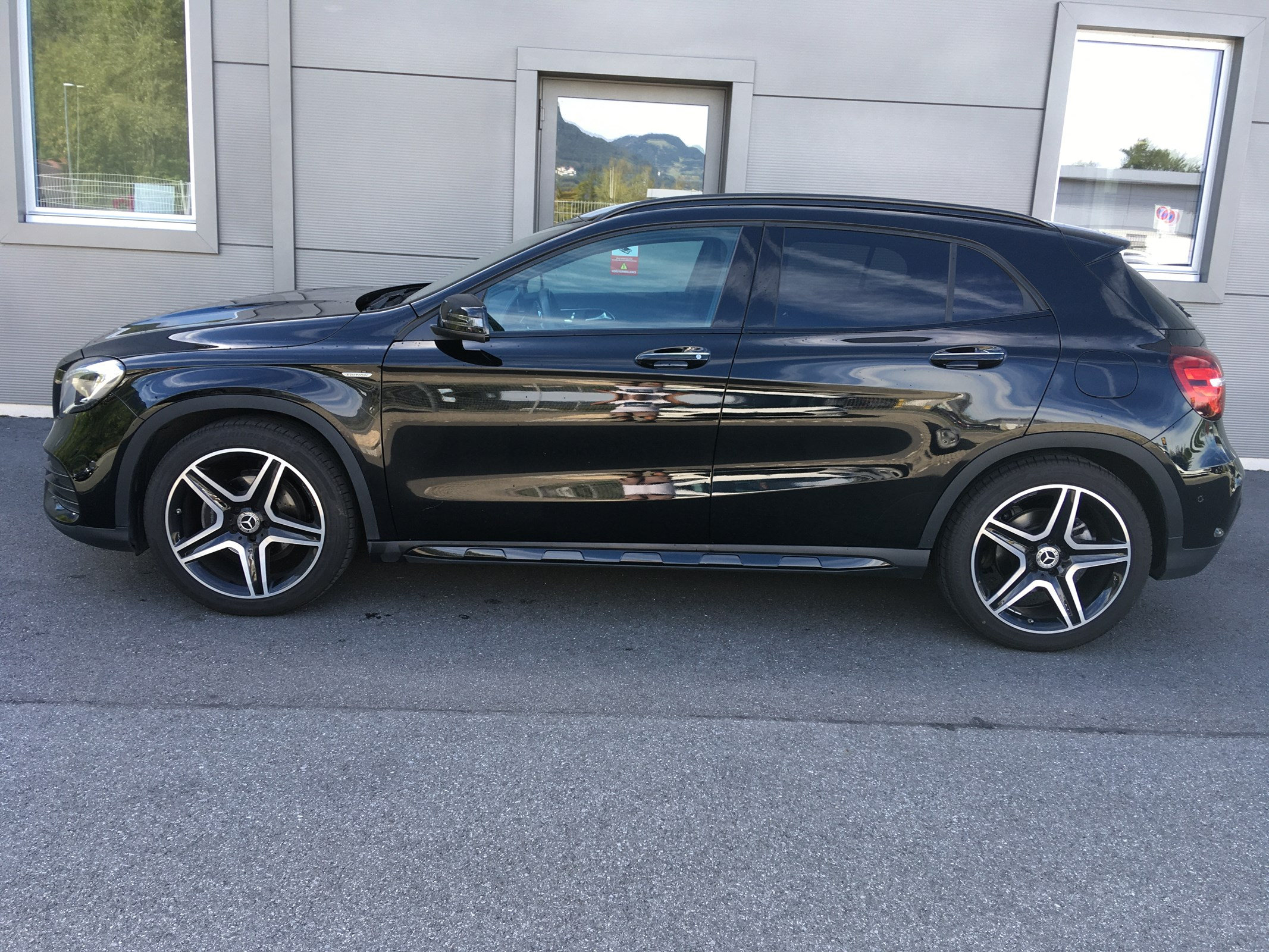 Mercedes-Benz GLA-Klasse X156 GLA 200