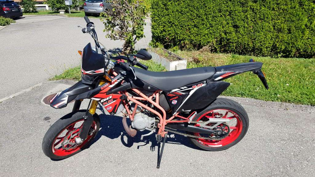 Valenti Racing Naked 50