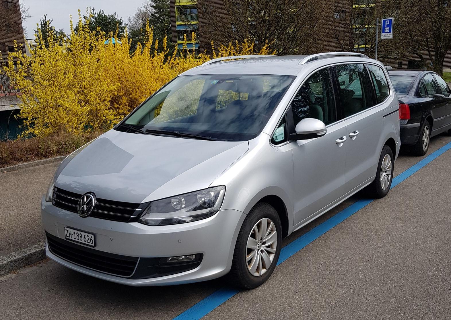 VW Sharan 2.0 TDI BlueMT Comfl. DSG