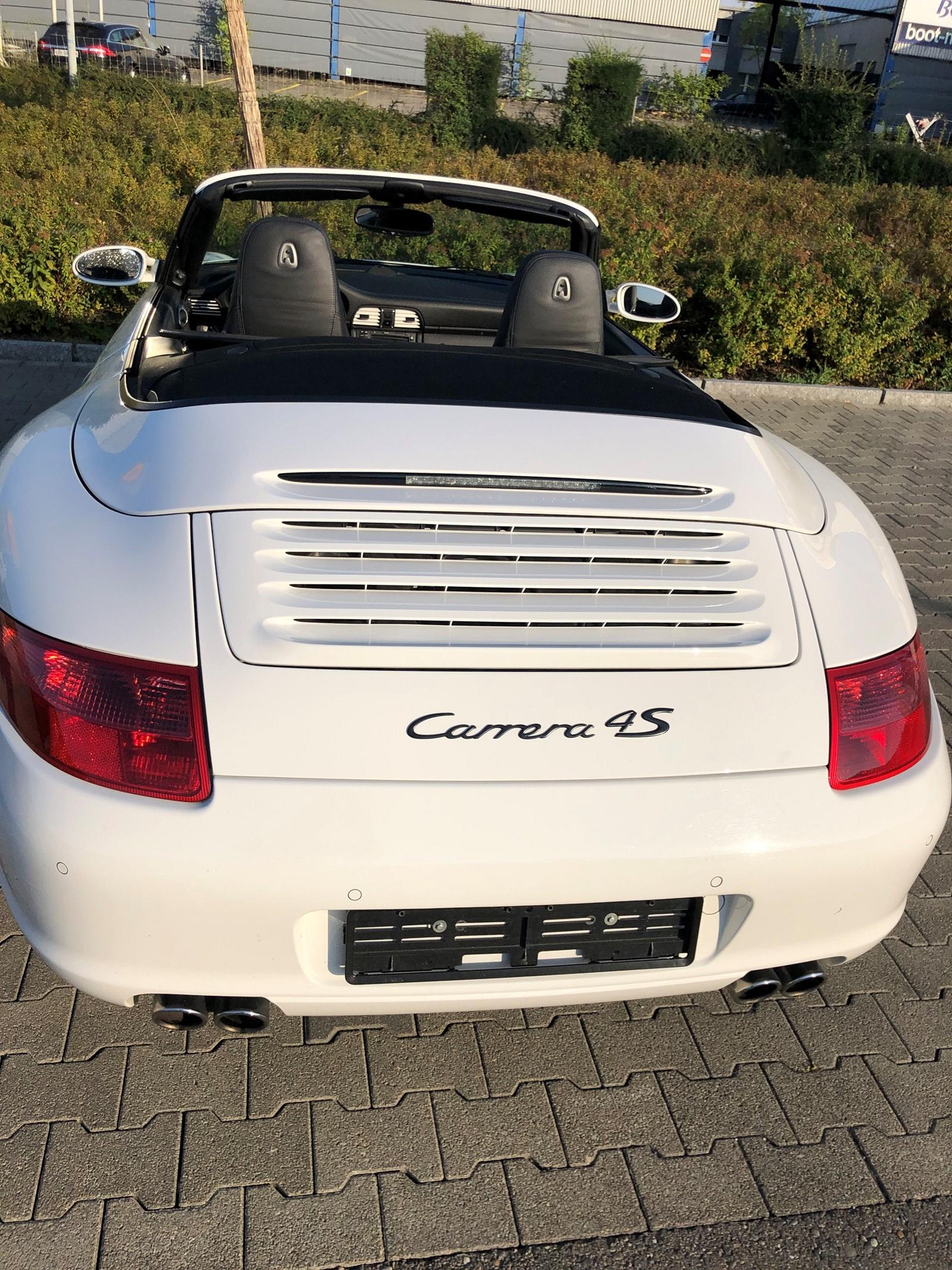 Porsche 911 Cabriolet 3.8 Carrera 4S