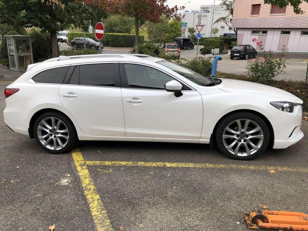 Mazda 6 Sport Wagon 2.2 D HP Revolution