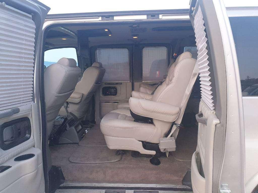 Chevrolet  Explorer 4.3 V8