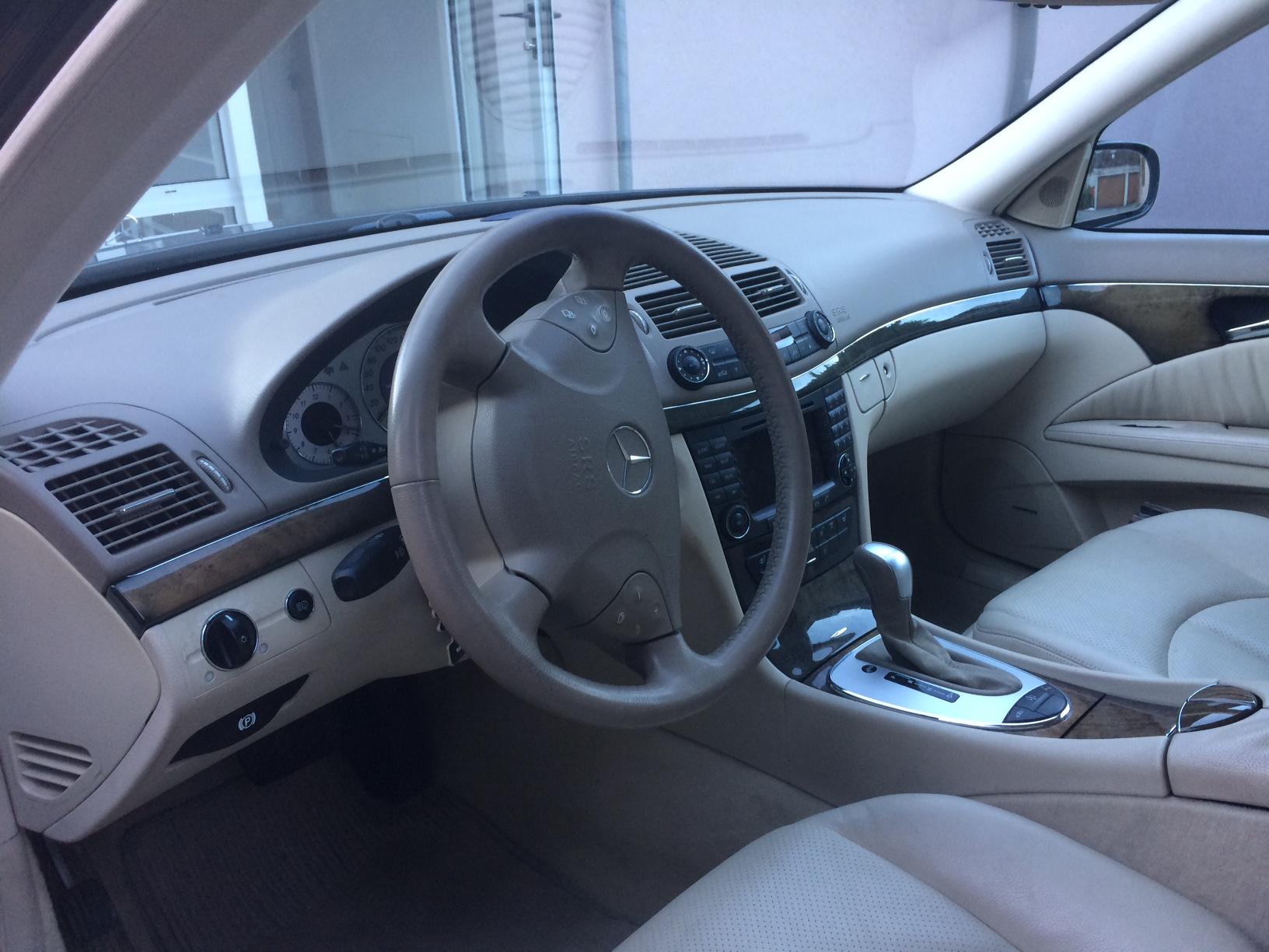 Mercedes-Benz E-Klasse S211 Kombi E 320 V6