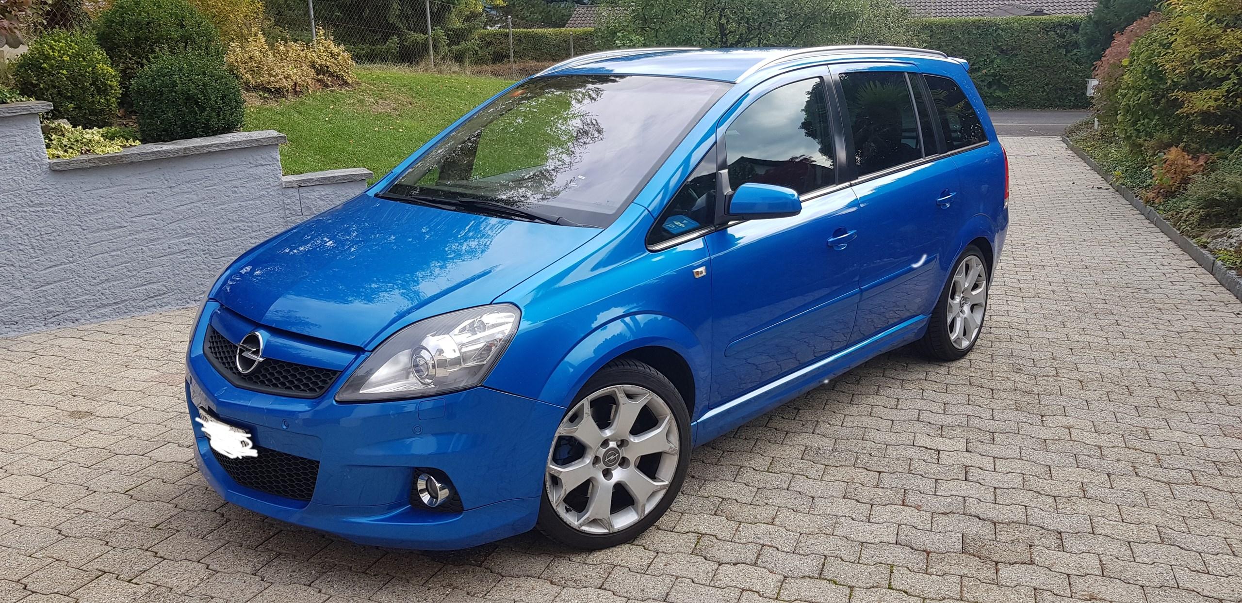 Opel Zafira 2.0 T OPC