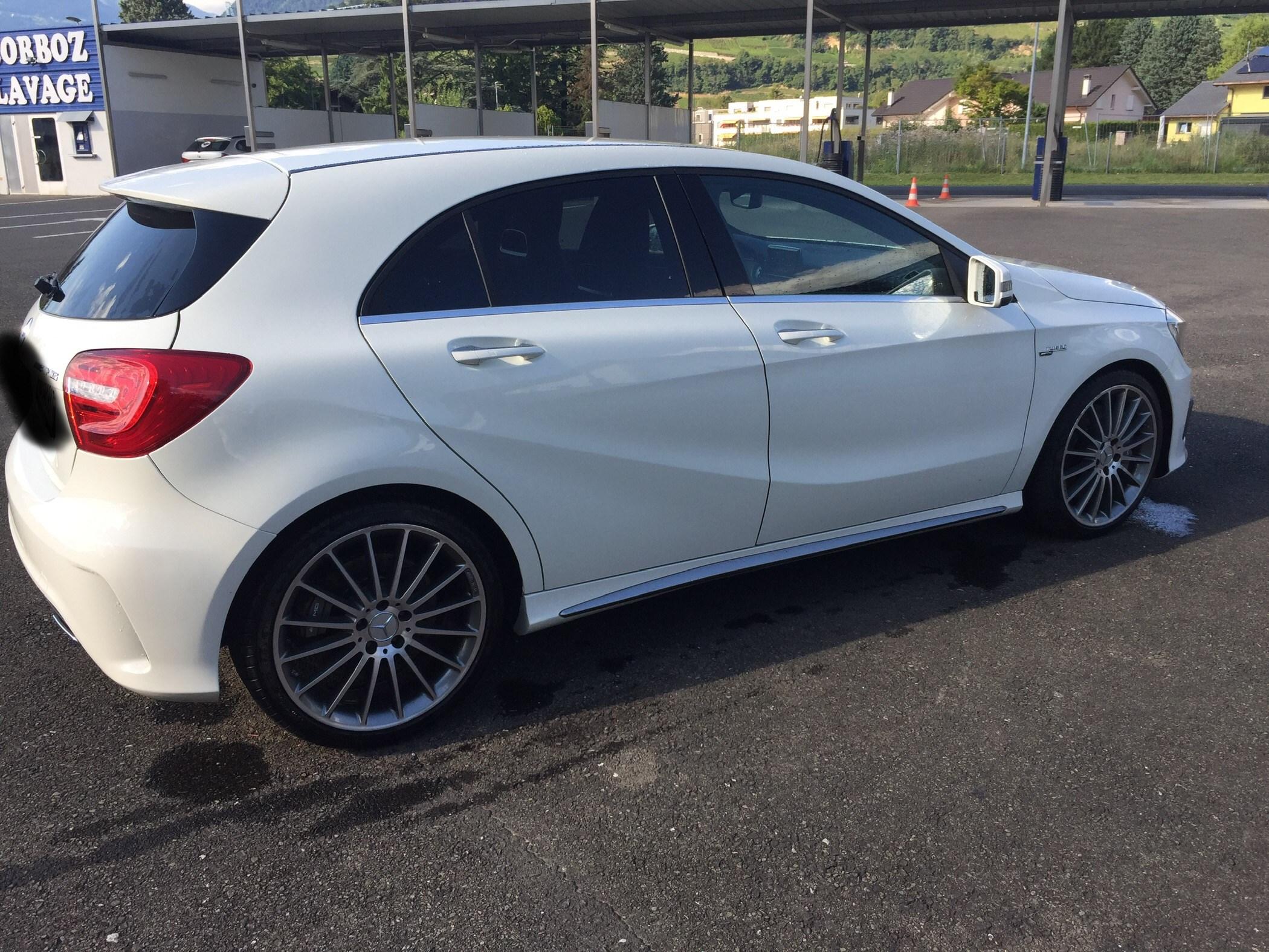 Mercedes-Benz A-Klasse W176 A 45 AMG 4m