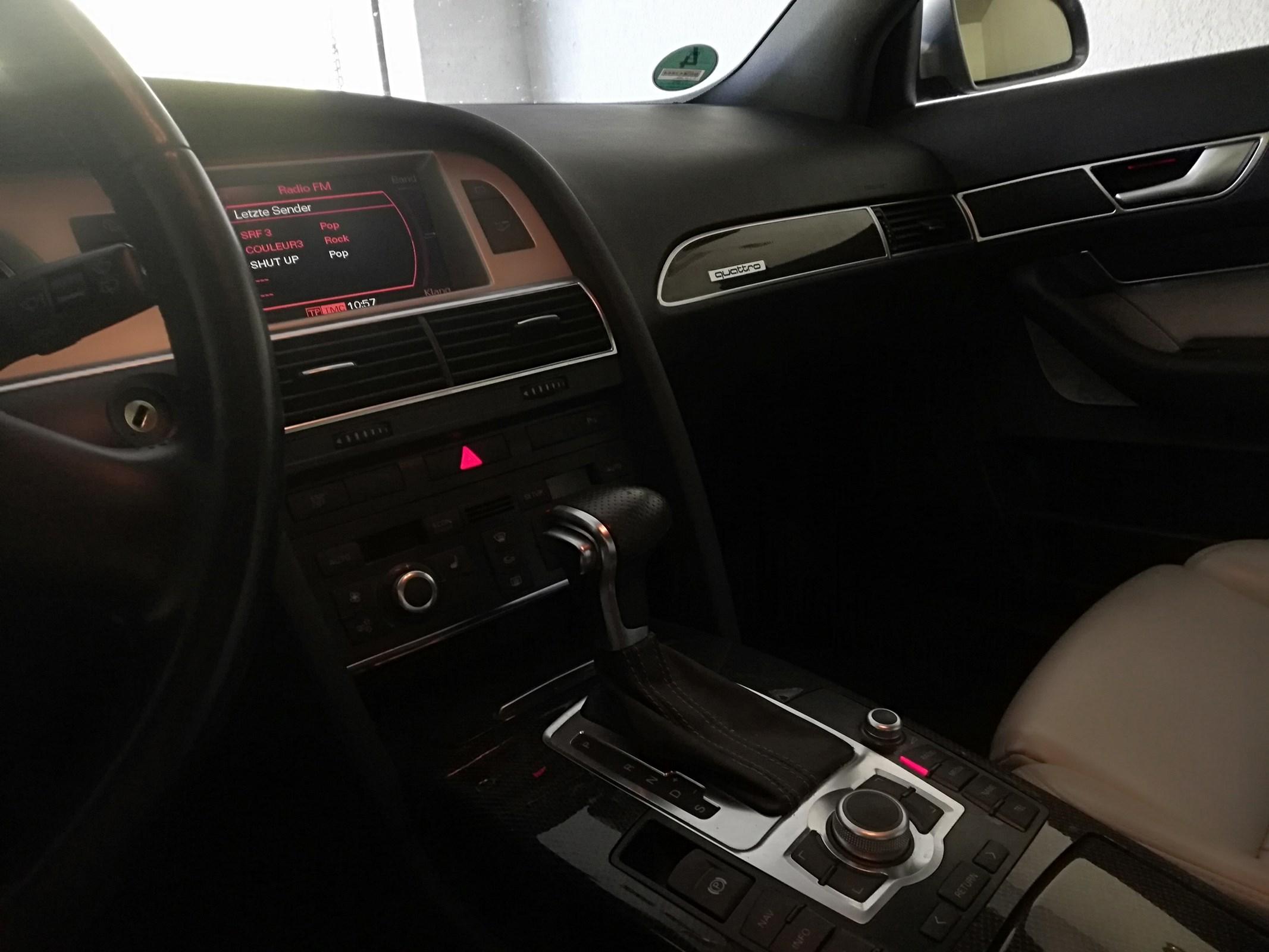 Audi S6 Avant 5.2 V10 FSI quattro