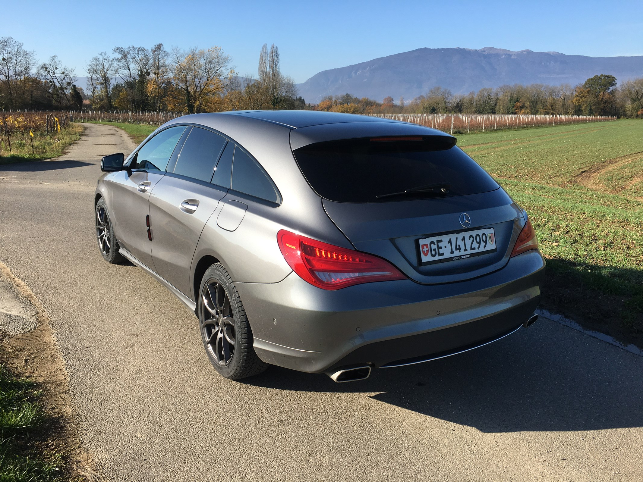 Mercedes-Benz CLA-Klasse X117 Shooting Brake CLA 200