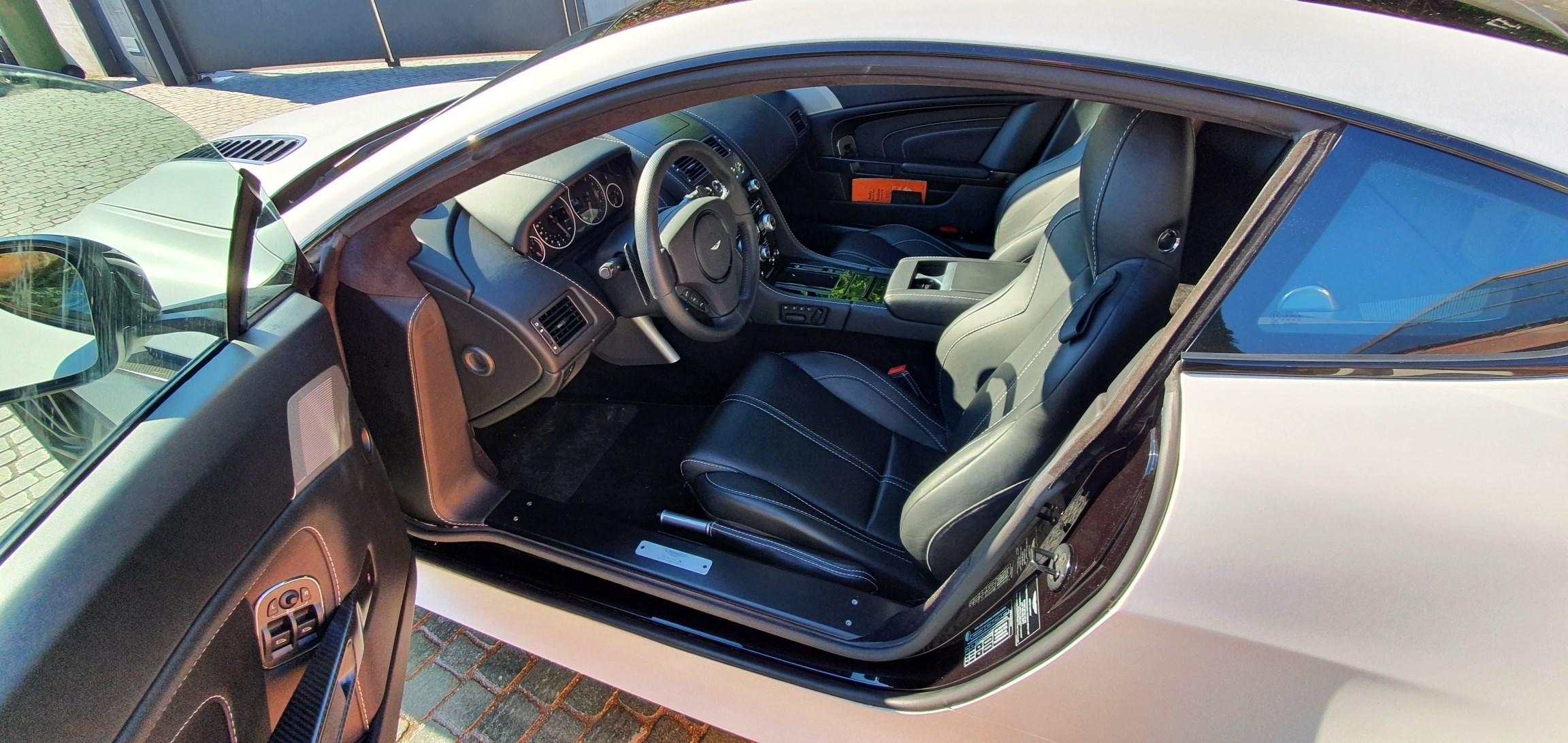 Aston Martin V12 Vantage Coupé 6.0 S Sportshift