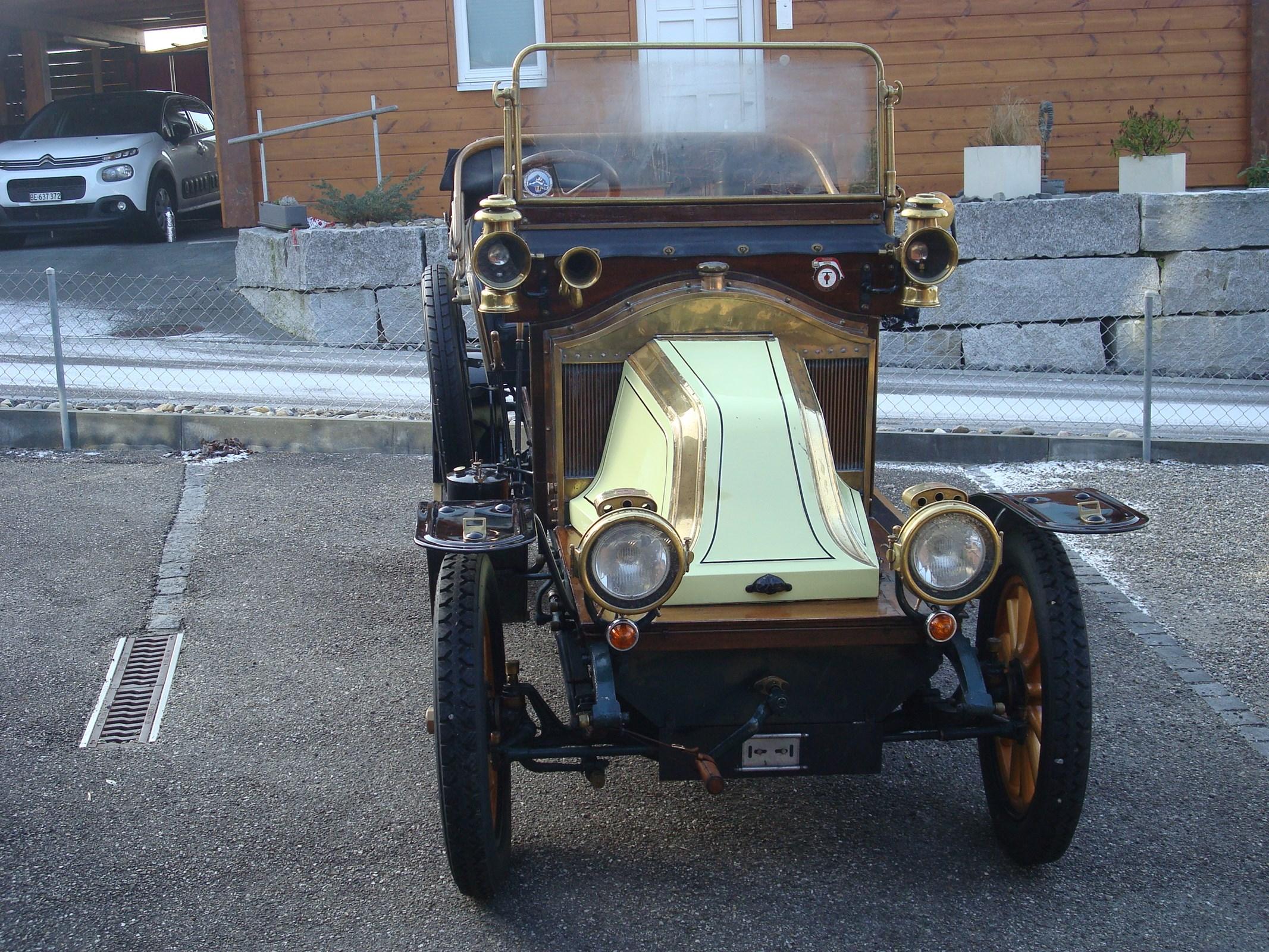 RENAULT AX (Cabriolet)