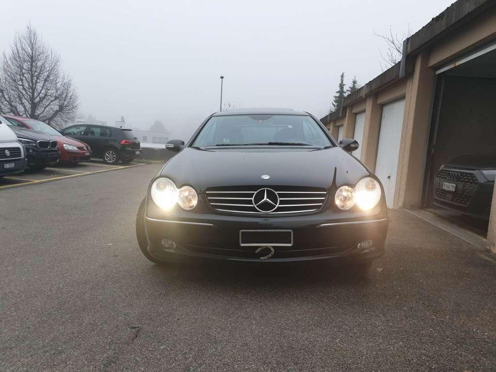 Mercedes-Benz CLK-Klasse C209 Coupé CLK 320 V6