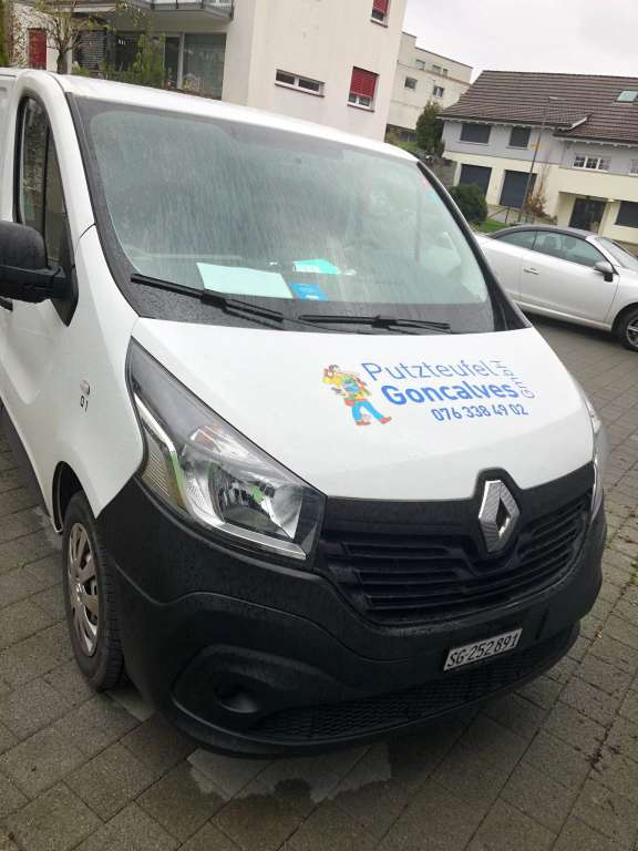 Renault Trafic dCi90