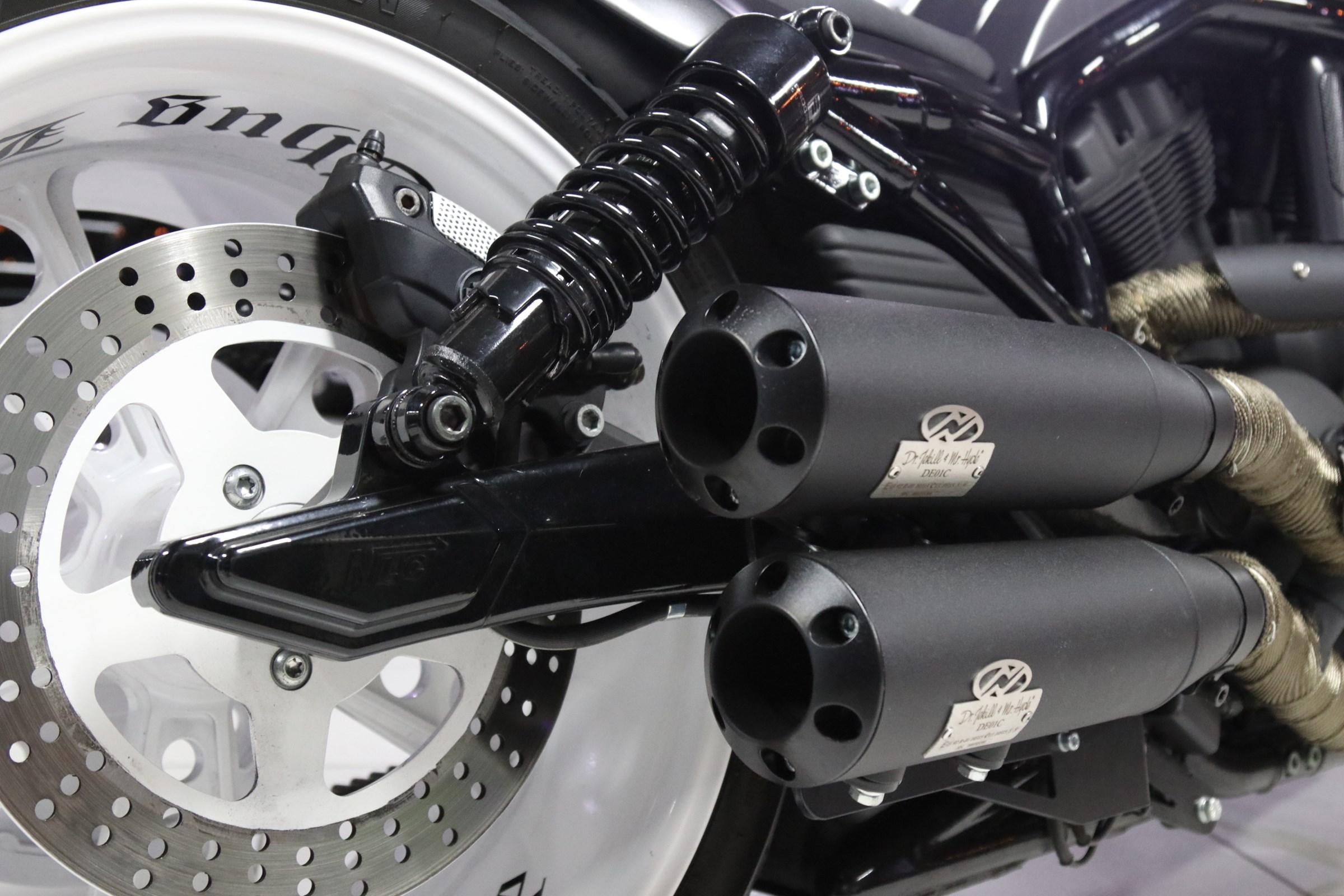 Harley-Davidson VRSCDX 1130 V-Rod Night Road Special