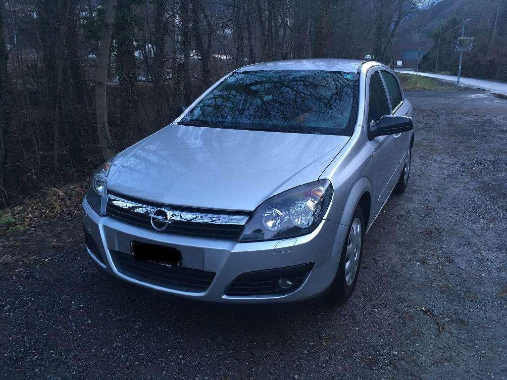 Opel Astra 1.8i 16V 125  Enjoy