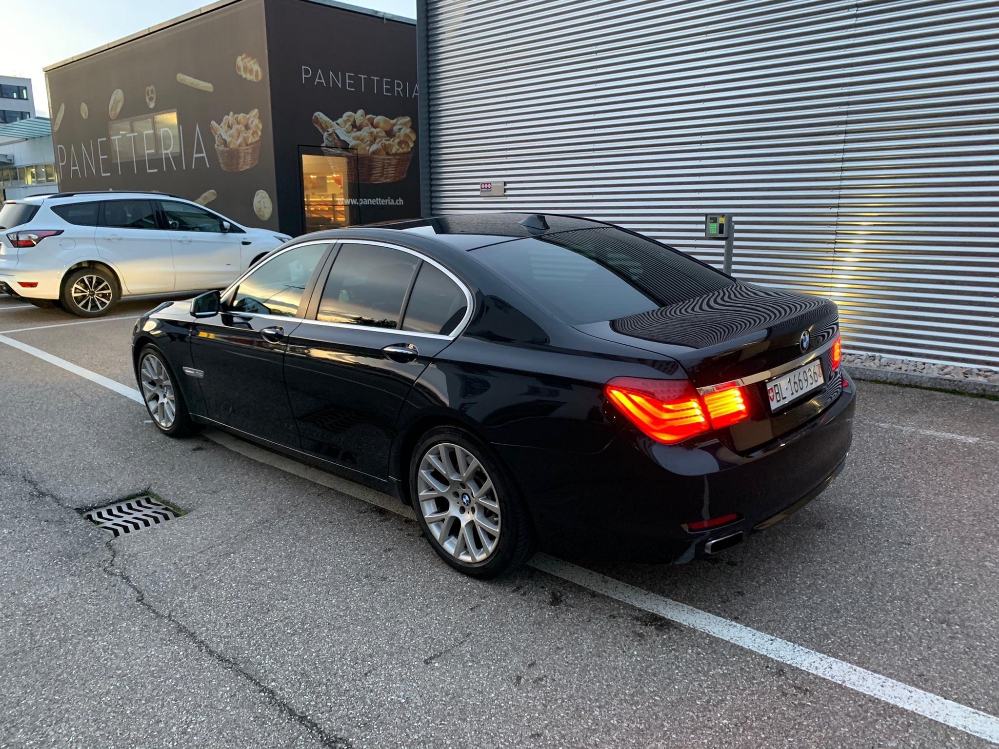 BMW 7er Reihe F01 740d xDrive