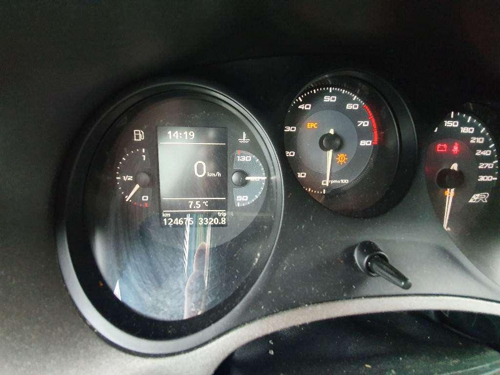 SEAT Leon 2.0 TSI Cupra R