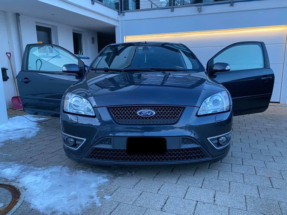 Ford Focus 2.5i 20V ST