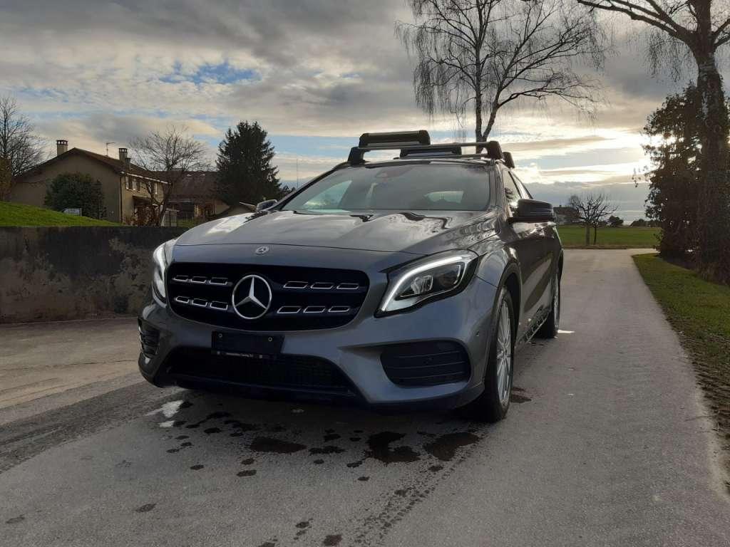 Mercedes-Benz GLA-Klasse X156 GLA 220 AMG Line 4m